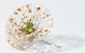 2010太陽花胸針