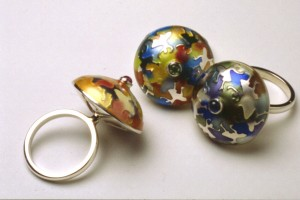 Kinetic enamel ring-3